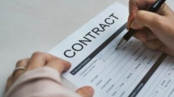 BUSINESS CONTRACTS REVIEW